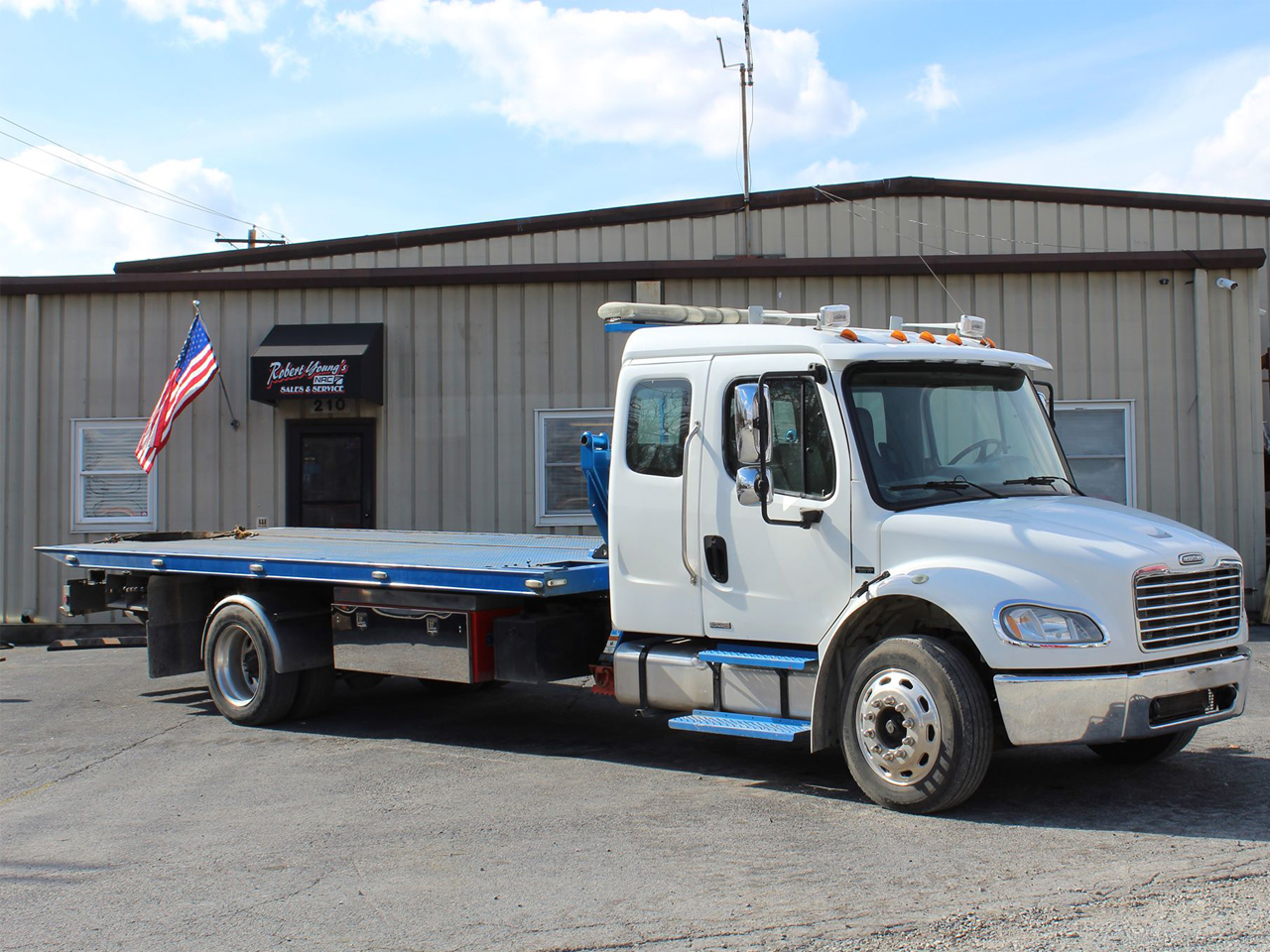 2007 Freightliner M2 Ext. Cab